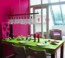 8 Bold Color Combos That Brighten Any Room
