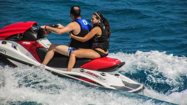 Jet Skiing Tips For Beginners