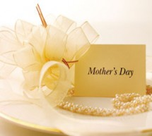 make mothers day special with studio photographs