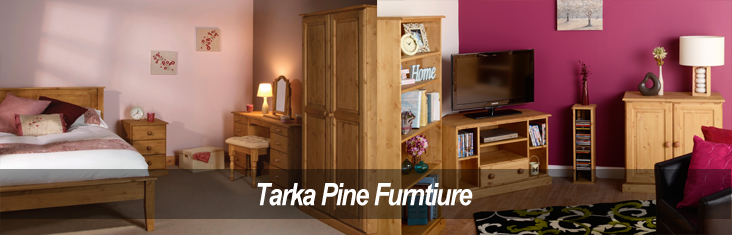 tarka-pine-bedroom-and-living