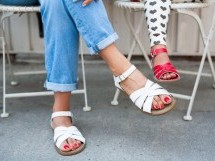 Women Sun-San Sandals For A Comfortable Look