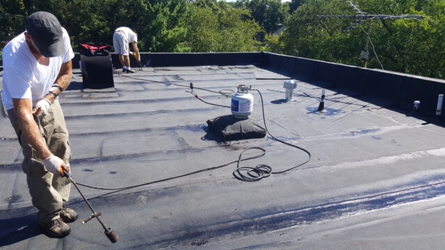 Know The Significance Of Flat Roof Maintenance