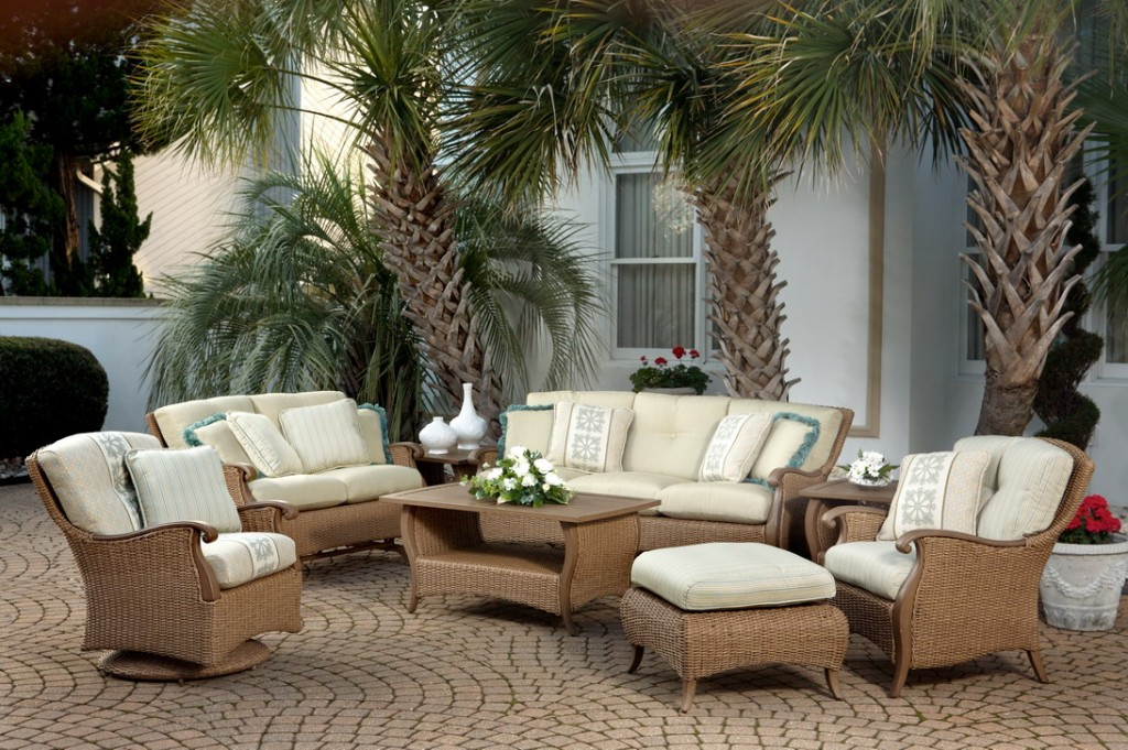 Go For The Best And Rattan Garden Furniture