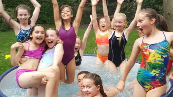 Enjoy Your Party With Hot Tub Hire