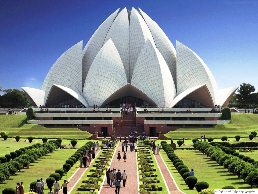 Lotus Temple: Beautiful Picnic Spot In New Delhi